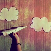 airplane-clouds-cute-desenha-ai-like-a-g6-Favim.com-108588