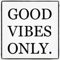 46477-Good-Vibes-Only